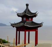 En paviljong nära havet Royaltyfri Foto