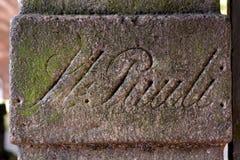 En pierre antiques signent dedans la rue Pauli, Hambourg, Allemagne Photo stock