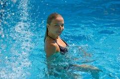 En piscina imagen de archivo libre de regalías