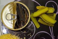 En plan lekmanna- bästa sikt av en svartvit exponeringsglasskärbrädaintelligens royaltyfri foto