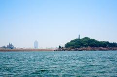 En plats av havet runt om Qingdao Arkivbilder