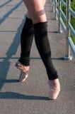En Pointe della ballerina Immagine Stock