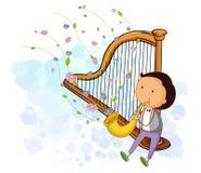 En pojke med en saxofon och en harpa Arkivbild