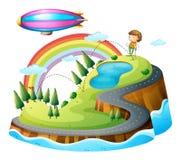 En pojke som spelar golf och en litet luftskepp Arkivfoto