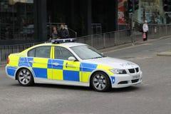 En polisbil i inverness Arkivfoto