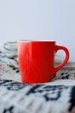 En röd nug, vertikalt foto fotografering för bildbyråer