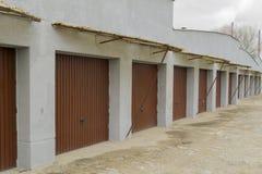 En rad av garage Fotografering för Bildbyråer