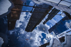 En reflexion av skyskraporna Royaltyfri Foto