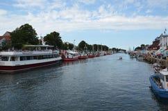 en rivieroeverlandschap in Europa Stock Foto's