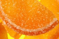 En söt efterrätt Marmeladskivor och gelébönor Stycken av söta lobules Royaltyfri Foto