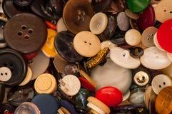 En samling av gamla knappar, Arkivbild