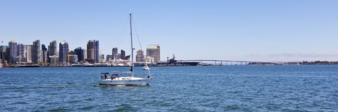 En San Diego Panorama på en Sunny Day Arkivfoton