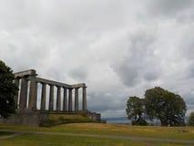 En scenisk sikt av en av monumenten av den Calton kullen, Edinbugh, Skottland arkivbild
