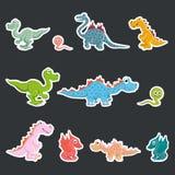 En set av etiketter Förhistoriska dinosaurier, köttätare och herbivor vektor illustrationer