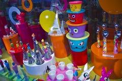 En shoppa i Paris som shoppar området Royaltyfri Fotografi