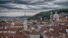 En sikt över den gamla staden av Prague royaltyfria bilder