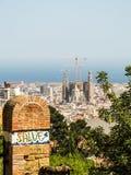 En sikt av Barcelona från parkerar Guell Royaltyfri Fotografi