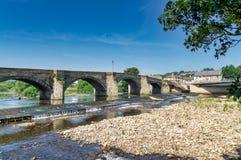 En sikt av den gamla Haydon bron, en pittoresk struktur i Northumberland, England Fotografering för Bildbyråer