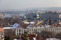 En sikt av den härliga Prague arkivbild
