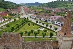 En sikt av den lilla byn romanian by Royaltyfri Foto