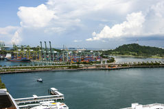 En sikt av havsporten, Singapore Arkivfoto