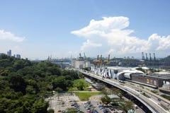En sikt av huvudvägen, Singapore Royaltyfri Fotografi