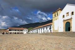 En sikt av stadfyrkanten i Villa De Leyva, Colombia Arkivbild