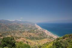 En sikt från Forza D 'som är agro i Siciliy royaltyfria foton