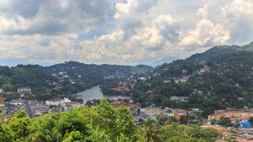 En sikt från ovannämnt av staden av Kandy Sri Lanka Royaltyfria Bilder