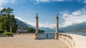 En sikt gillar från en saga; Bellagio sjö Como, Italien, Europ royaltyfri fotografi