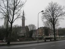 En sikt in mot mitten av Groningen, Nederländerna arkivbild