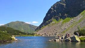En sjö i berget för TÃ-¡ tra Arkivbild