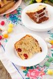 En skiva av Kulitch (Kulich), sött bröd för rysk påsk Arkivbilder