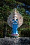 En skulptur i vietnamesisk kloster royaltyfri bild