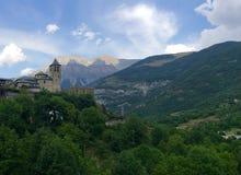 En slott i dalen Royaltyfri Foto