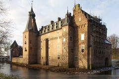 En slott nära Rijnen nära stället Doorweth Royaltyfria Bilder