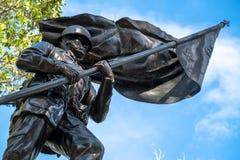 En soldat Statue i Baguio Arkivbild