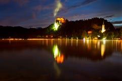 En sommarnatt på den avtappade laken Arkivbild