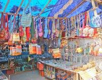 En souvenir shoppar på Alleppey, Kerala Fotografering för Bildbyråer