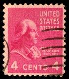 En stämpel som skrivs ut i Förenta staterna Visar profilen av presidenten James Madison arkivbild