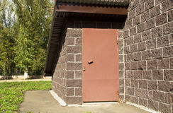 En stängd dörr Fotografering för Bildbyråer