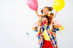 En stående av en clown arkivfoto