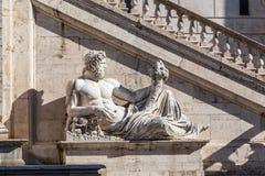 En staty Royaltyfri Fotografi