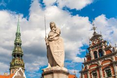 En staty av Rigas skyddshelgon, St Roland Royaltyfri Bild