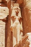 En staty i Abu Simbel arkivfoto