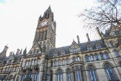 En stor gotisk byggnad royaltyfri bild