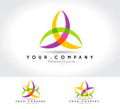 En stor logo för företaget Arkivfoton