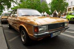 En stor utövande bil Ford Granada Mark I Europa, 1976 Arkivfoton