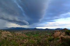 En storm är kommande Royaltyfria Bilder