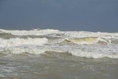 En storm på havet royaltyfri foto